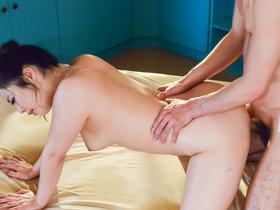 Apepaling Mimi Aku plays along man's dirty desires